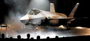 9090-f35-fighter-022613